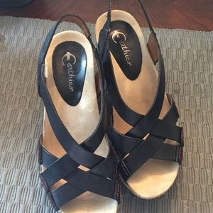 Earthies Comfort Arch support size 8